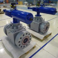 """Top Entry Forged 8""""x6"""" 600# fitted with Hydraulic Actuator"""